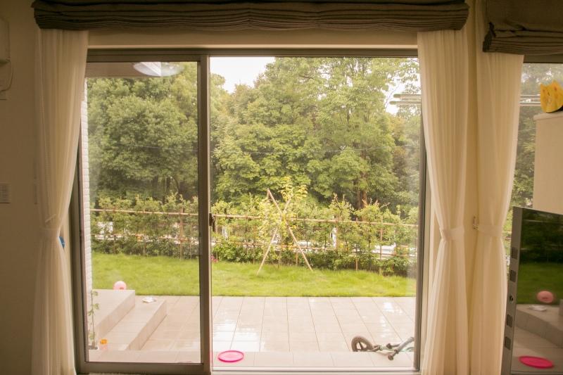 ビスタウィンドウで、外の景観を取り込みさらにお部屋の広さを感じさせます