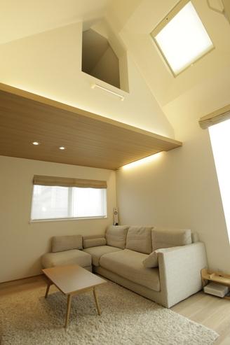 天窓の採光は部屋全体が明るく過ごしやすい空間にします