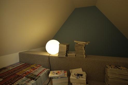 秘密の隠れ家気分に、収納だけでなくくつろぎのスペースとしても活用できます