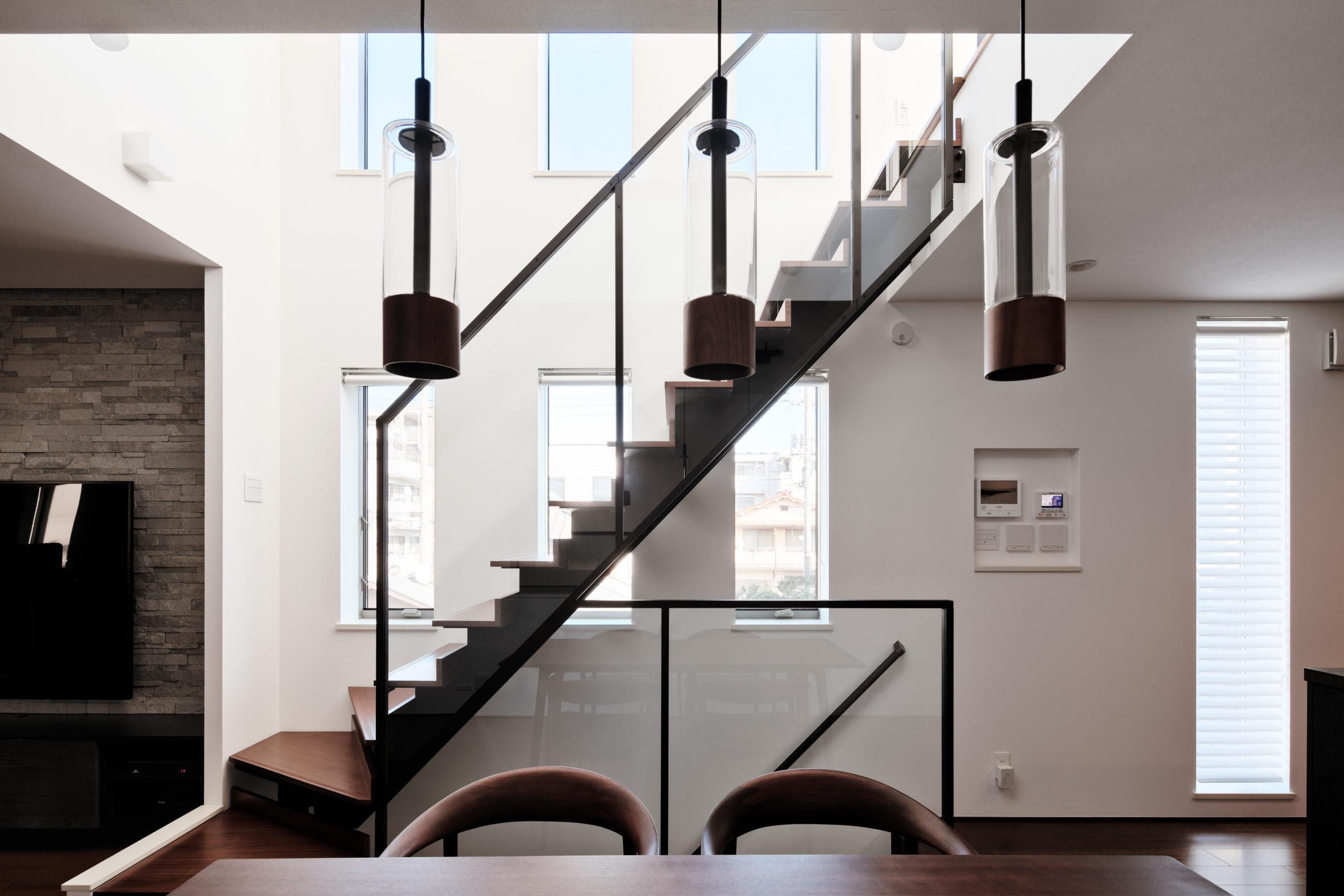 建築・家具・照明の全てに統一感があります