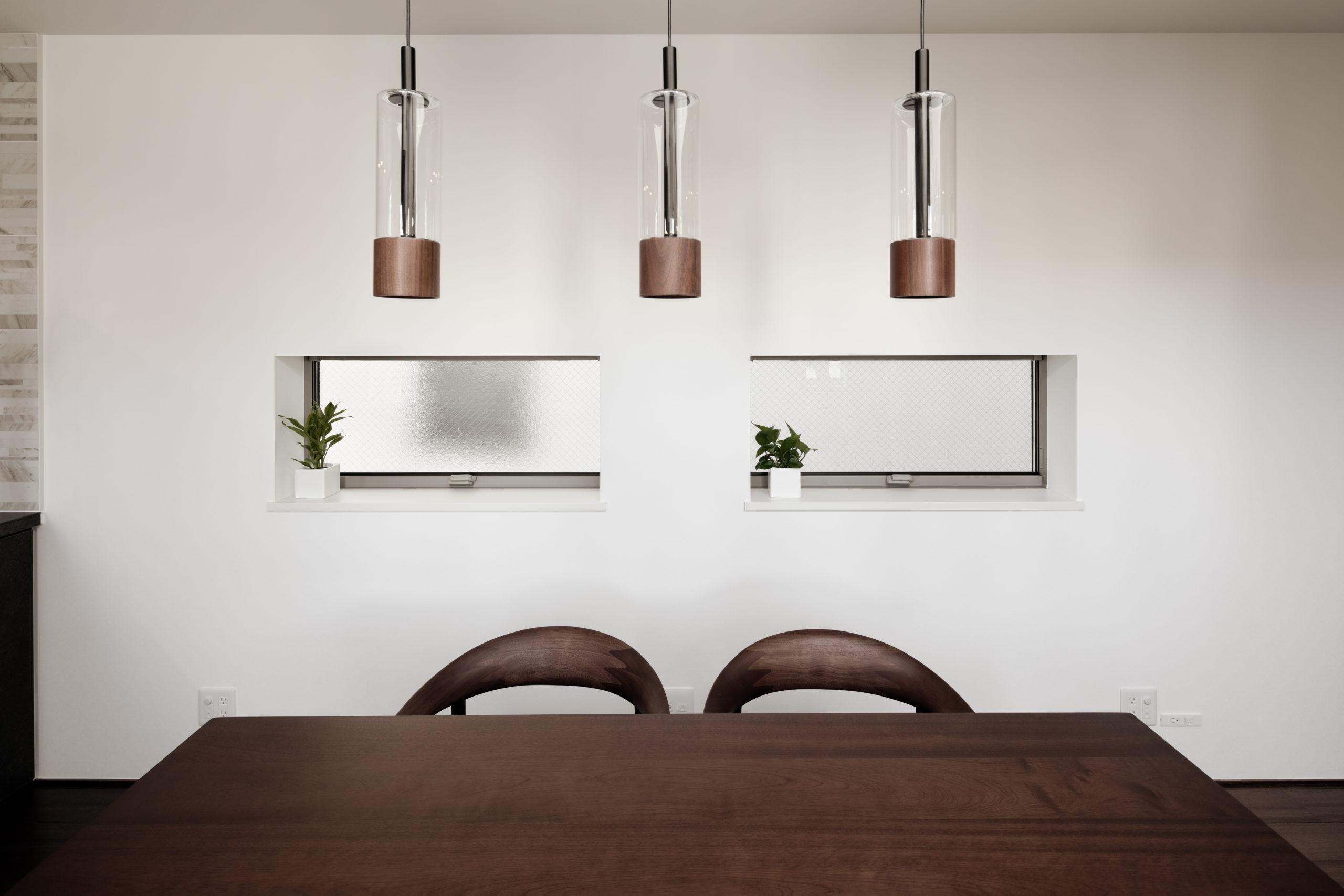 家具・照明・窓の位置の関係は綿密に計算されています